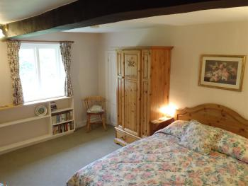 Double room-Ensuite-(King Size bed)