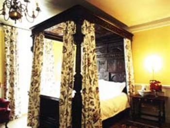 Double room-Private Bathroom-Four Poster