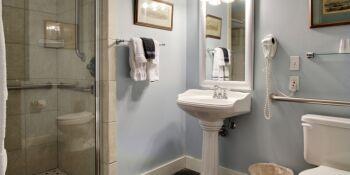 Bathroom in the Bougainvillea Room