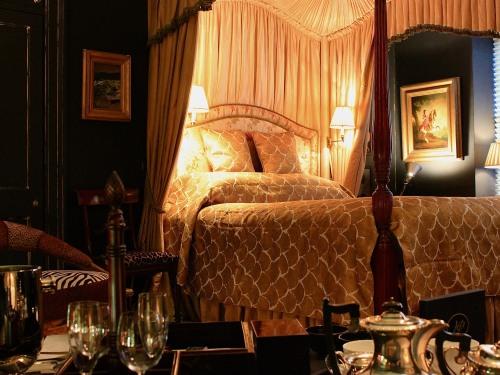 Cavalier Suite