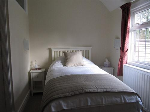 Single room-Ensuite-Twin - Base Rate