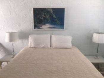 Double room-Ensuite-Economy-Cottage 11 - Base Rate