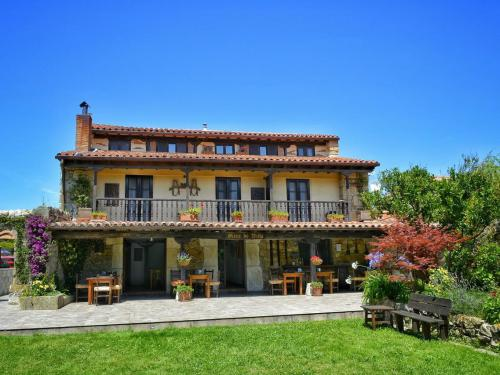Hotel Posada Bed and Breakfast en somo Mies de Villa
