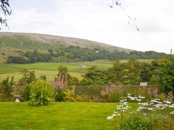 Arkleside Guesthouse - Stunning Garden View