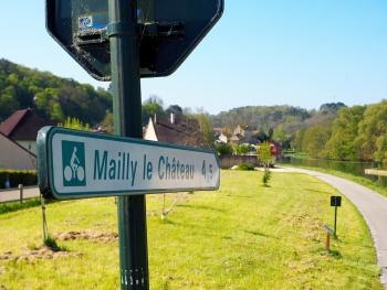 Mailly-la-Ville - véloroute - Canal du Nivernais