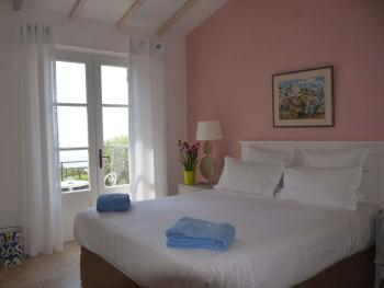 Chambre double avec balcon - Vue Mer - Petit Déjeuner offert