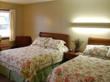 09 -2 full size beds-Double room-Standard-Ensuite