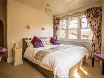 Danehurst House - Lilac Room