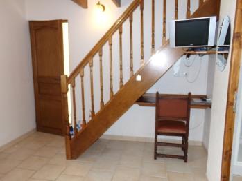 Accès mezzanine chambre rouge