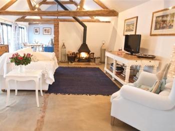 Cottage-Ensuite-Primrose Barn