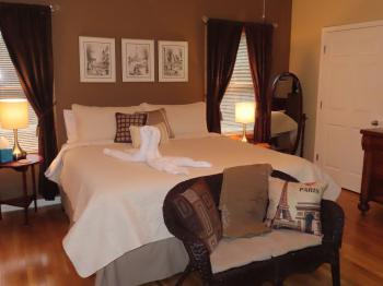 Double room-Ensuite-Standard-Paris Room - Base Rate