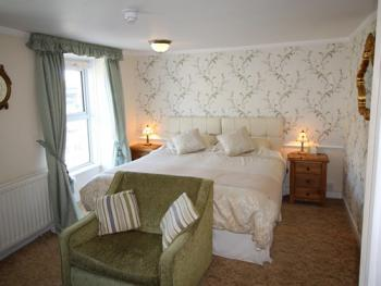 Double room-Superior-Ensuite-Very Large - Harbour View