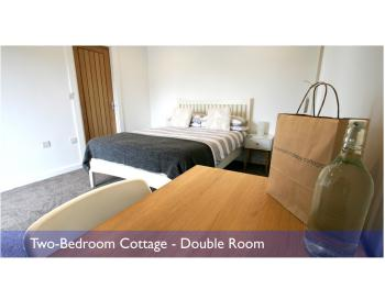 Cottage-Deluxe-Private Bathroom-Self-catering Cottage