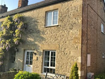 Cotswold Cottage Gems - Way Cottage - Side view