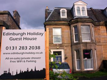 Edinburgh Holiday Guest House - Front