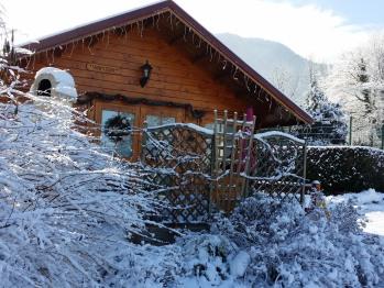 Chalet Arpison sous la neige