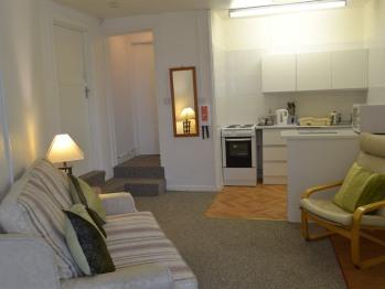 Apartment-Standard-Ensuite-Ocean View-Huccaby Tor