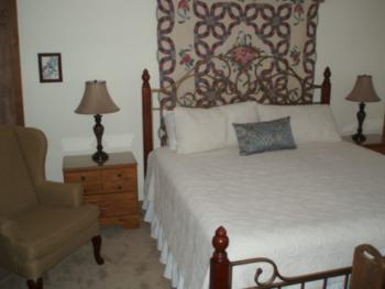 Rm 3 Quilt Room with king bed