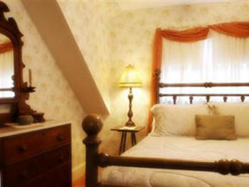 Suite-Ensuite with Jet bath-Queen-Provence (Main House) - Suite-Ensuite with Jet bath-Queen-Provence (Main House)