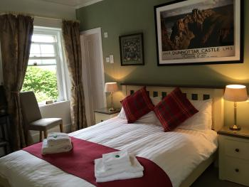Double room-Superior-Ensuite with Shower-Garden View-MORVEN - Base Rate