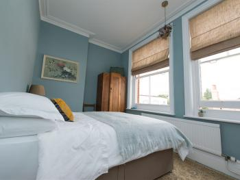 Double room-Private Bathroom-Blue Room