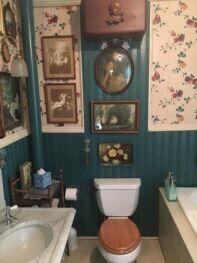 Lucretia Bathroom