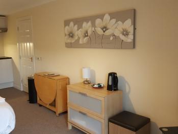 Studio-Apartment-Ensuite-Upper Floor