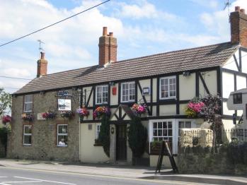The Plough Inn - The Plough Inn, Highworth