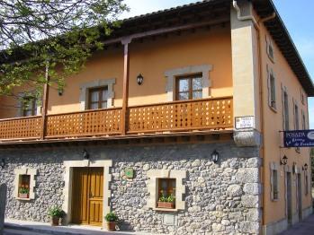 Posada la Rivera de Escalante fachadas este o principal y norte