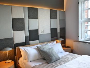 Double-Ensuite-Moorea Room