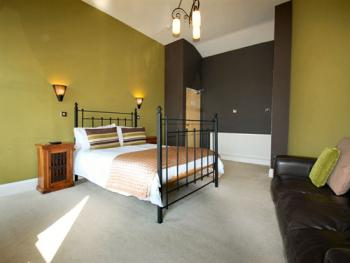Double room-Superior-Ensuite with Shower-Sea View - Base Rate