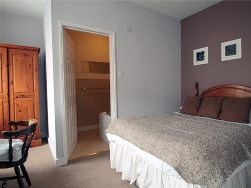 Double room-Standard-Ensuite-Sea View