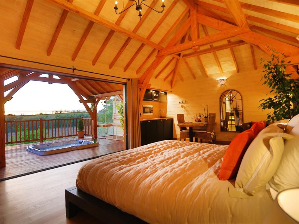 Cabane-de Luxe-Douche-Vue sur Parc-5 Étoiles - Tarif de base