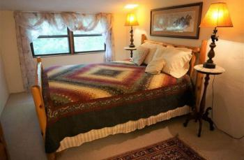 Montana Guestroom