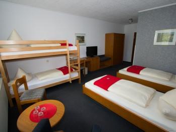 Vierbettzimmer-Komfort-Ensuite Dusche