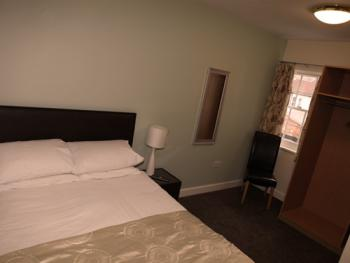 Double room-Ensuite with Bath-(1st Floor)
