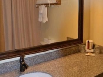Single Queen bathroom counter
