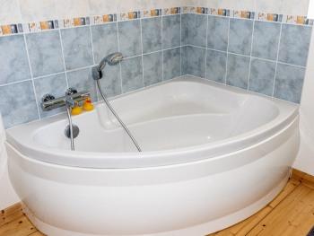 baignoire, salle de bain étage