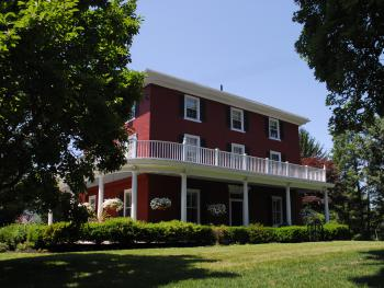 Highland Farm exterior