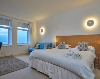 Family room-Ensuite-Sea View-Room 6