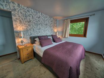 Arenig Lakeside Suite - bedroom