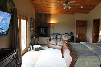 Headwaters Room at Bear Meadows