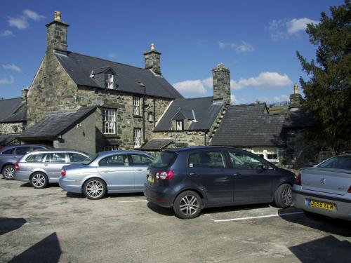 Plas Gwyn Private Parking