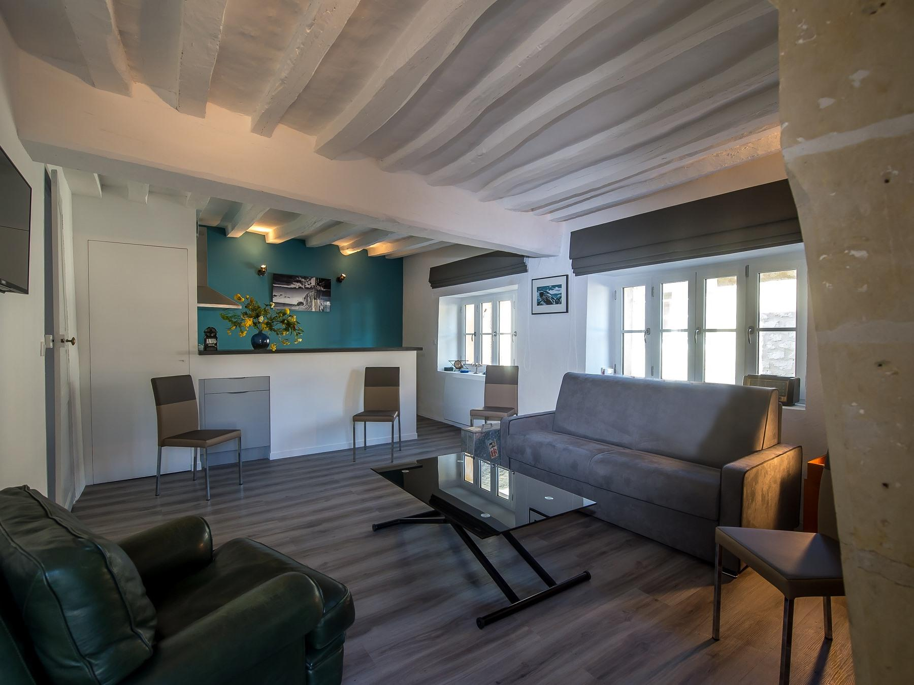 Appartement-Salle de bain privée séparée-Gîte Hélène Boucher - Tarif de base