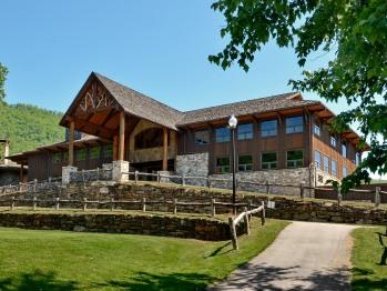 Country Club Lodge