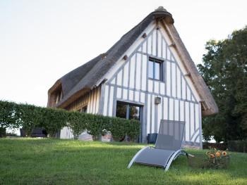 Cottage-Supérieure-Salle de bain et douche-Vue sur Jardin-Les Pommiers