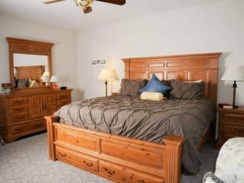 King Suite #2 bedroom