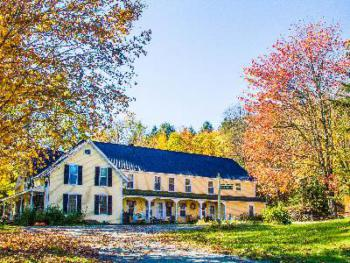 The Wilder Farm Inn - Fall foliage
