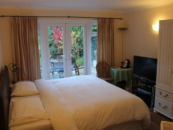 Double room-Ensuite-Room Only (Mon-Fri)