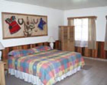 Triple room-Ensuite-Premier-Ngobe-Bugle - Base Rate